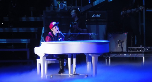 Sukces Drew House – marki Justina Biebera!